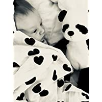 ベビーMuslin Swaddle Blanket by Little Bear、3パックモノクロセット – Crosses、Alphabet & Hearts、Extra Large 47 x 47インチ、100 %ピュアコットン