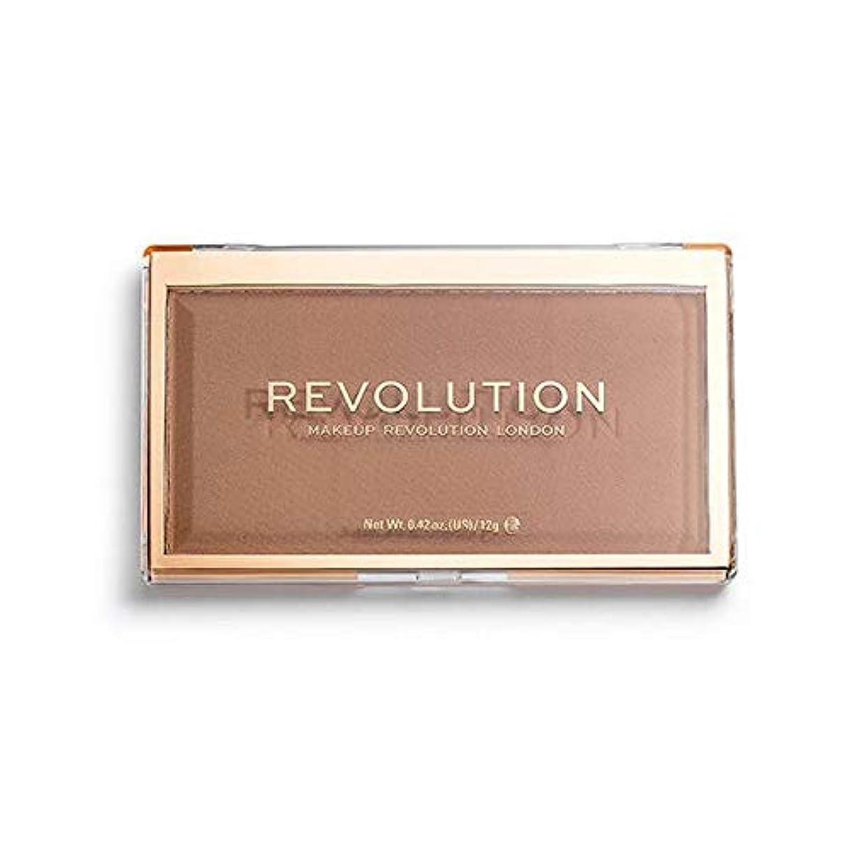 溝ダウンタウン汗[Revolution ] 回転マットベース粉末P18 - Revolution Matte Base Powder P18 [並行輸入品]