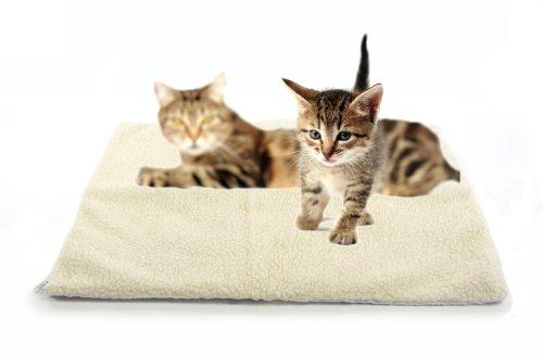 ヴァレンティナ・ヴァレンティ 猫および小型犬向け 自然発熱 サーマルペットパッド、ラグ、ベッド (並行輸入品)
