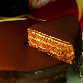 産直王国 贅沢チョコ をたっぷり使った 魅惑の ザッハトルテ 5号サイズ