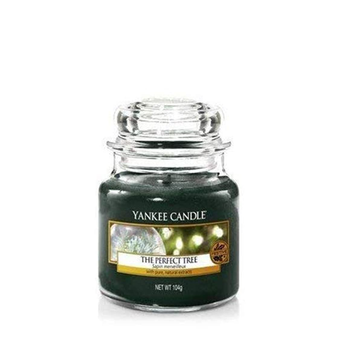 駐地残忍なスナッチYankee Candle The Perfect Tree Small Jar