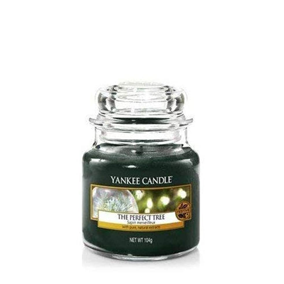 形パスタ賛美歌Yankee Candle The Perfect Tree Small Jar