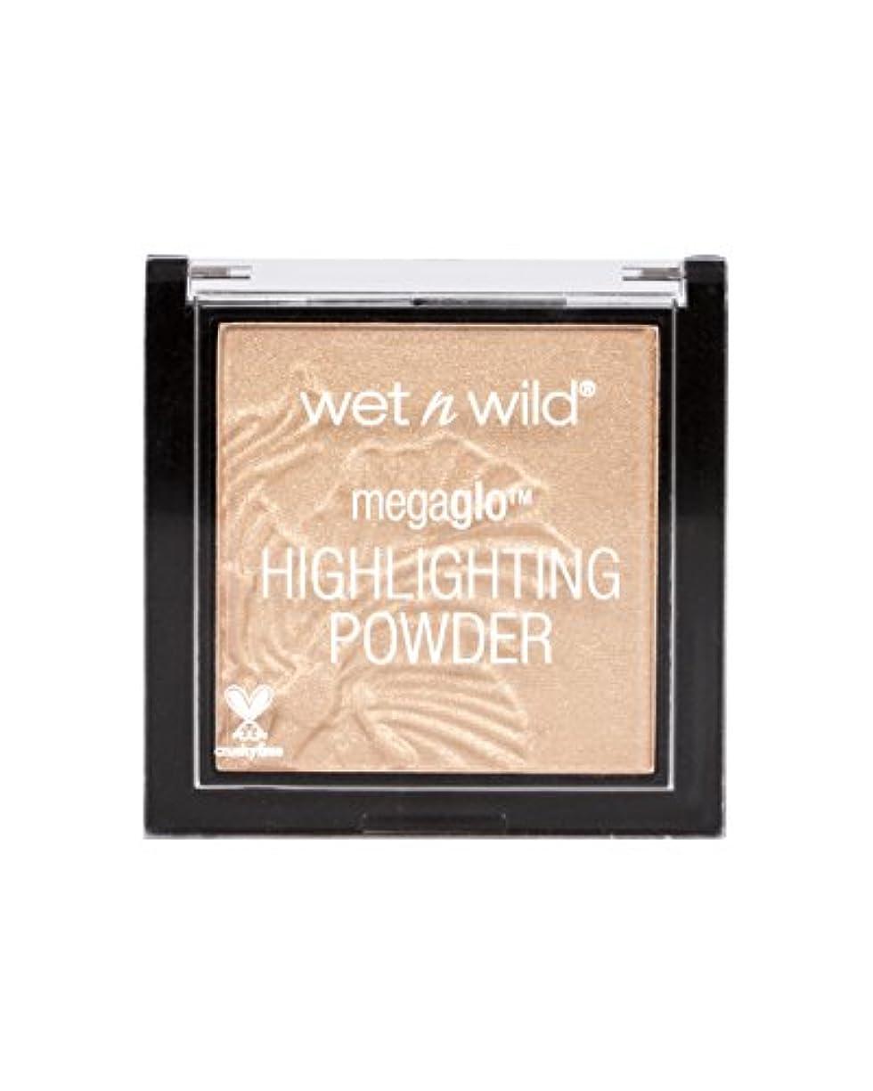 楽な登場三番WET N WILD MegaGlo Highlighting Powder - Precious Petals (並行輸入品)