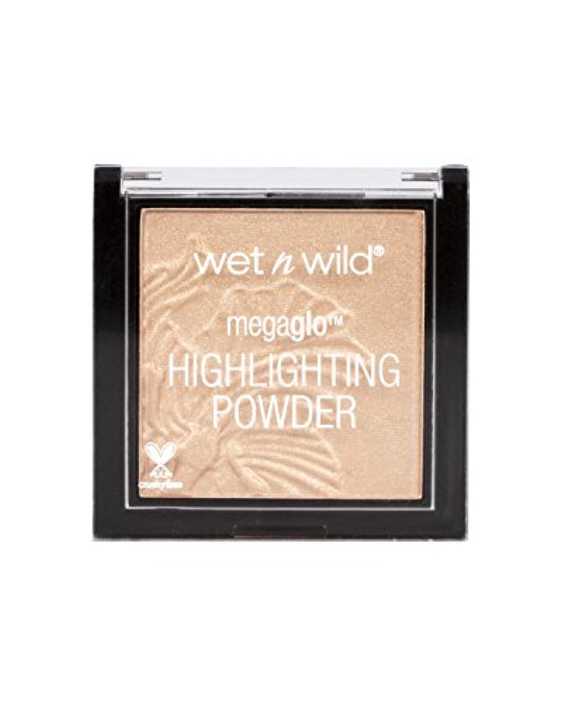 船尾ウール副WET N WILD MegaGlo Highlighting Powder - Precious Petals (並行輸入品)