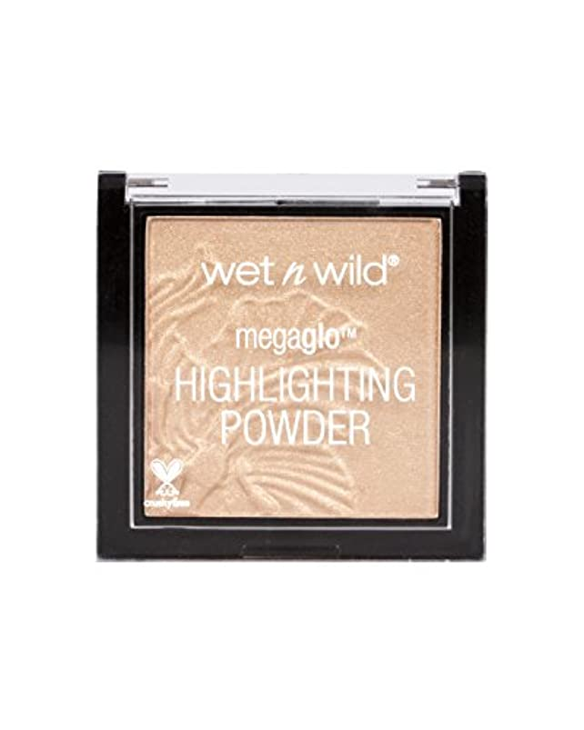 キャスト排除する失速WET N WILD MegaGlo Highlighting Powder - Precious Petals (並行輸入品)