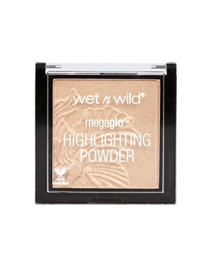 レディ極貧より良いWET N WILD MegaGlo Highlighting Powder - Precious Petals (並行輸入品)