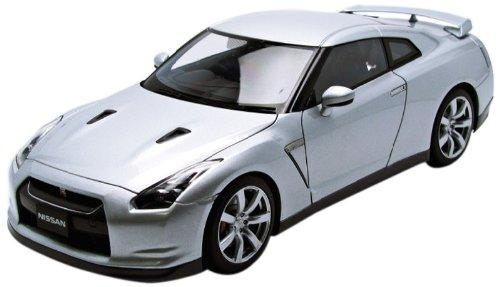 AUTOart 1/18 日産 GT-R (R35) (シルバー) 完成品