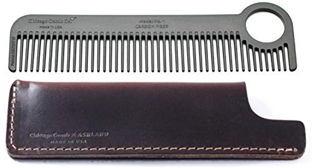 赤面特権的野ウサギChicago Comb Model 1 Carbon Fiber Comb + Mahogany Brown Horween leather sheath, Made in USA, ultimate pocket &...