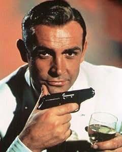 ブロマイド写真★『007』ショーン・コネリー/銃とシャンペンを持つジェームズ・ボンド