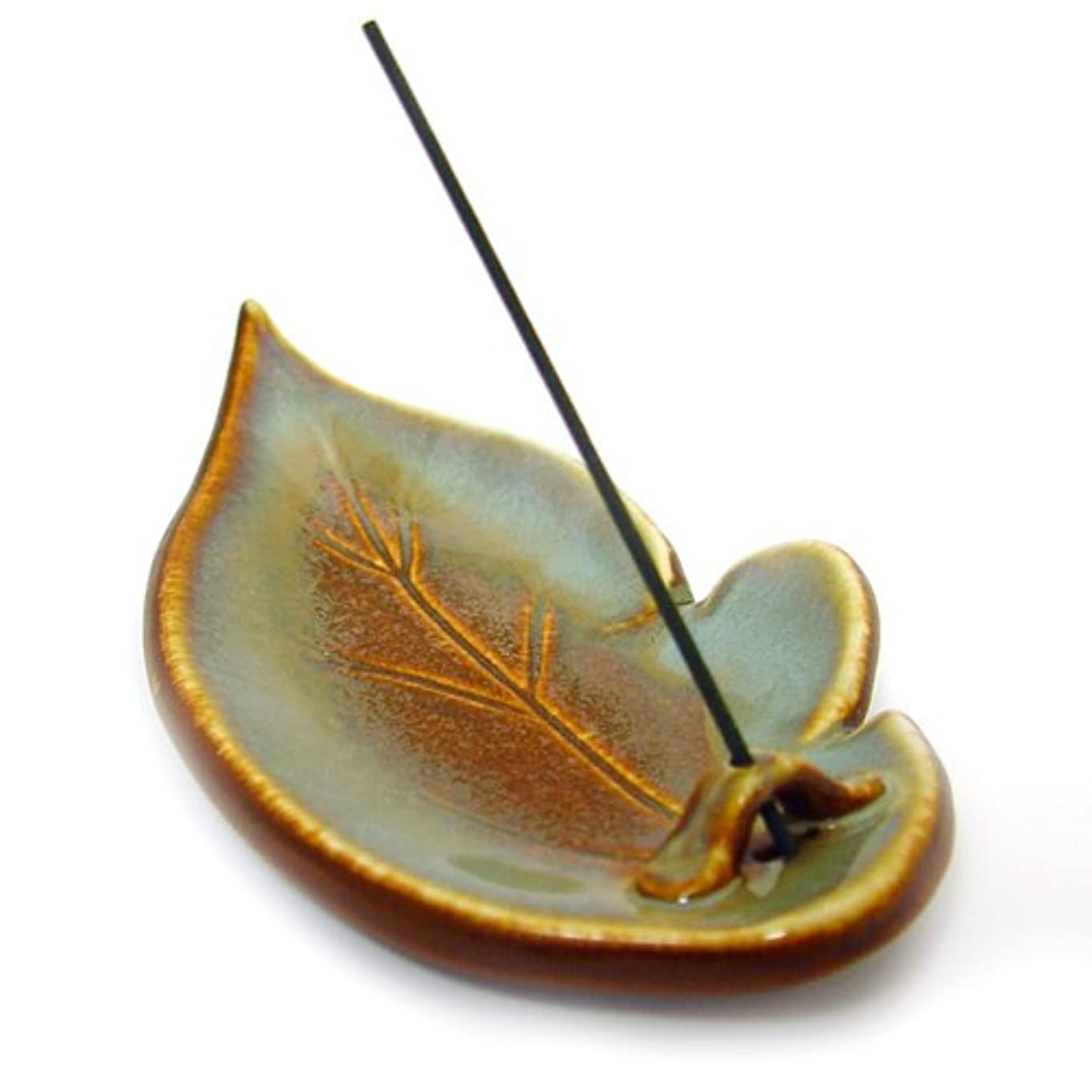 梨サイズ地下Shoyeido's Desert Sage Ceramic Leaf Incense Holder by SHOYEIDO [並行輸入品]