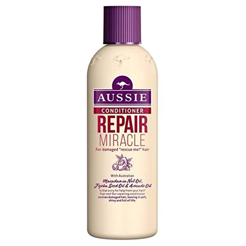 一掃するメイド寓話[Aussie ] いたずらな髪の250ミリリットルのすべての種類のオージーエアコンの修理の奇跡 - Aussie Conditioner Repair Miracle for All Kinds of Naughty Hair 250ml [並行輸入品]