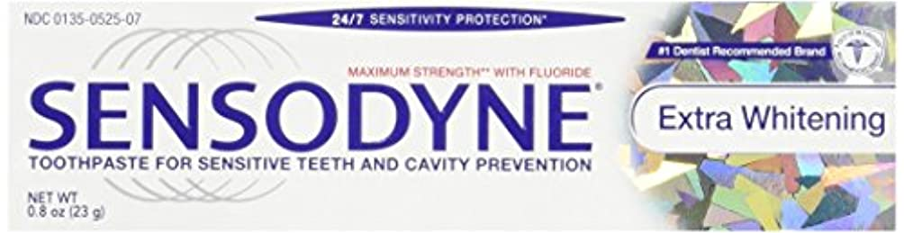 持っているトン不満Sensodyne Toothpaste, Extra Whitening Travel Size 0.8 Oz (Pack Of 3) by Sensodyne