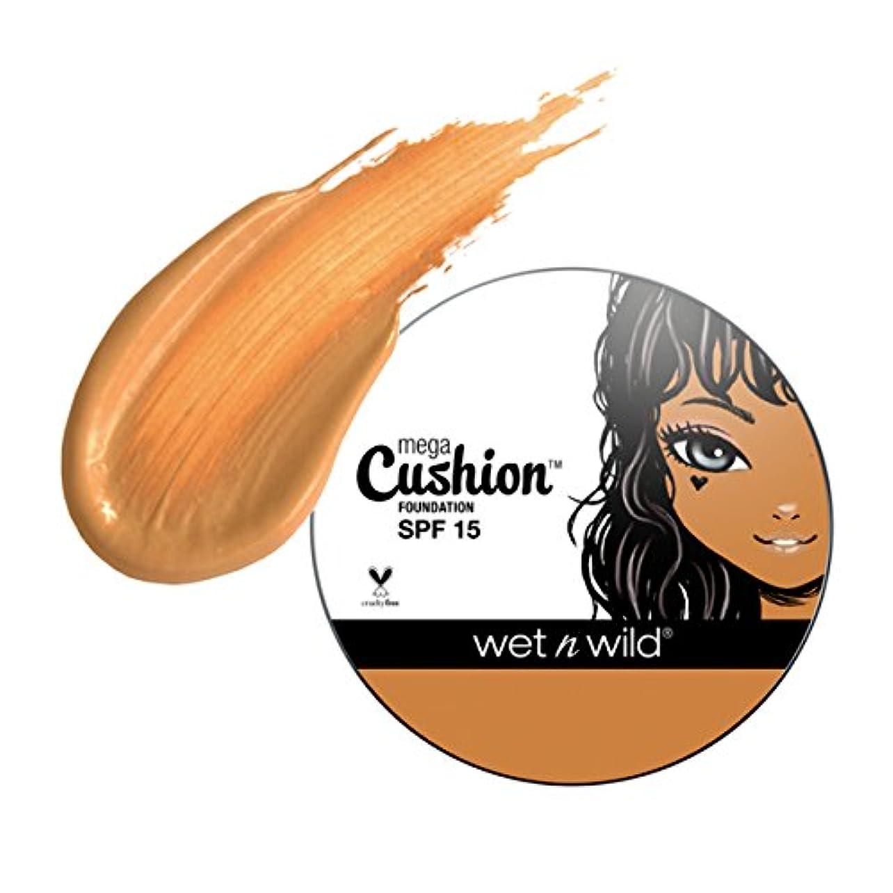ナプキン電子レンジマント(3 Pack) WET N WILD MegaCushion Foundation SPF 15 - Tawny (並行輸入品)