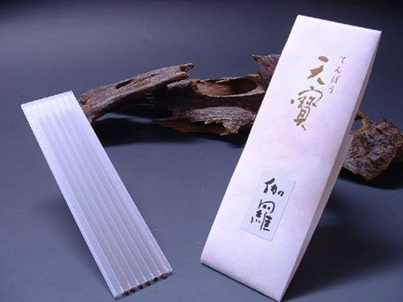 見込み悪行パラナ川薫寿堂のお香 天寶 伽羅 たとう紙 6本入