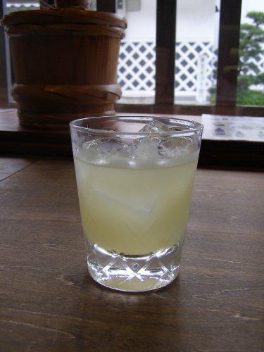 GOZENSHU9(NINE)ゆず酒 日本酒ベースのゆずリキュール - 500ml