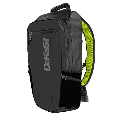DeKaSi Seeker バックパック 軽量で丈夫な機能性運動カメラ専用リュックサック