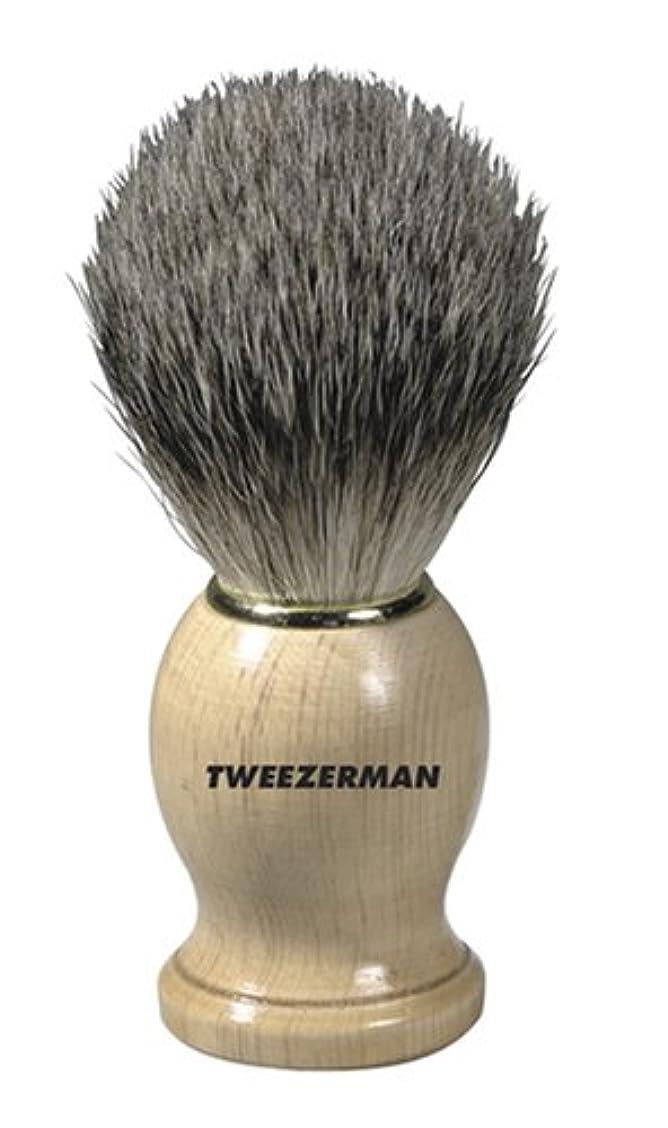 ソーシャル納得させる気質Tweezerman メンズ シェービングブラシ(100%アナグマの毛)