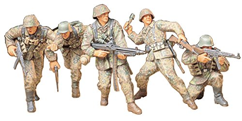 1/35 MM ドイツ歩兵 アタックチームセット 35196