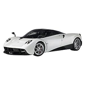 AUTOart 1/12 パガーニ ウアイラ ホワイト 完成品