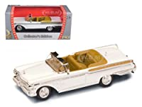 1957 Mercury Turnpike Cruiser White 1/43 Diecast Model Car by Road Signature サイズ : 1/43 [並行輸入品]