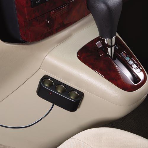 ナポレックス 車用ソケット分配器 マルチソケットS3 3個口 通電ランプ付き コードタイプ 汎用 Fizz-893