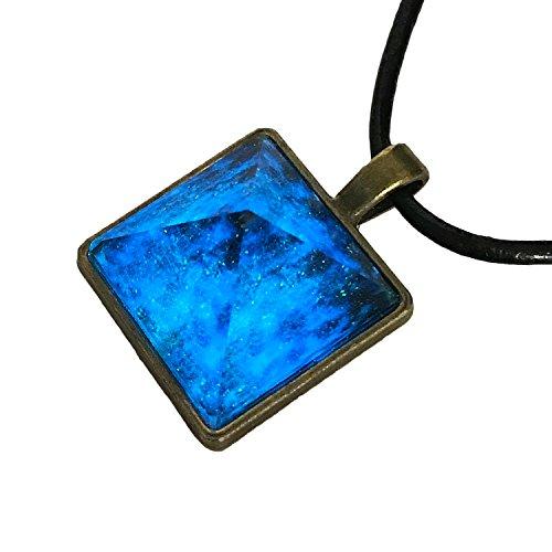 [モノジー] MONOZY 夜光 天然水晶 ペンダント 光る...