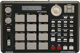 AKAI サンプリングマシン MPC500