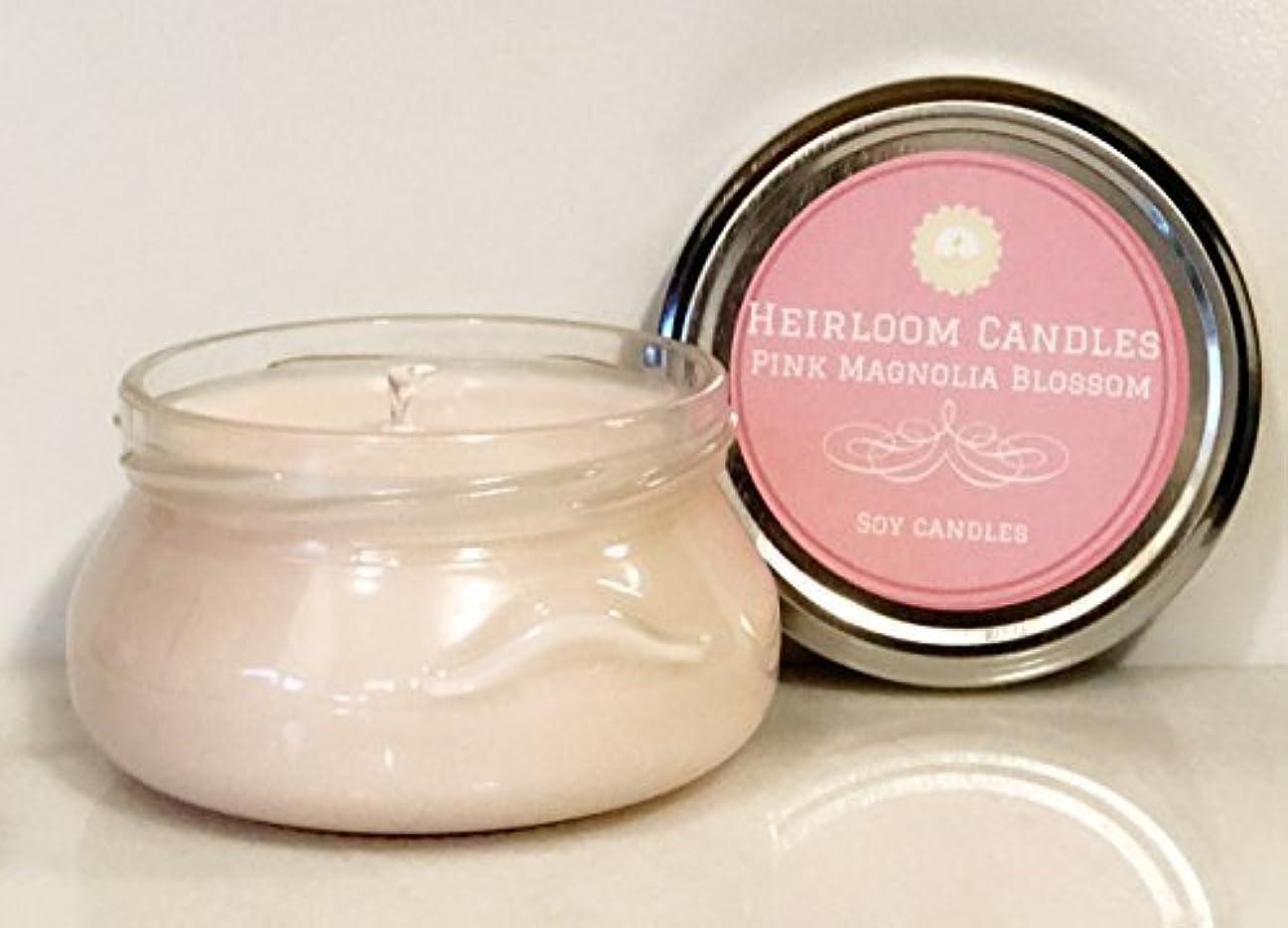価値のない篭クリープPink Magnolia Scented Soy Candle - Handmade 6oz [並行輸入品]