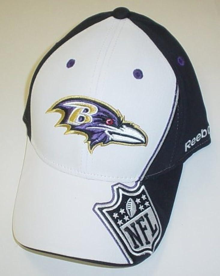 残酷スーツケースタバコBaltimore Ravens Structured Flexリーボック帽子サイズS / M