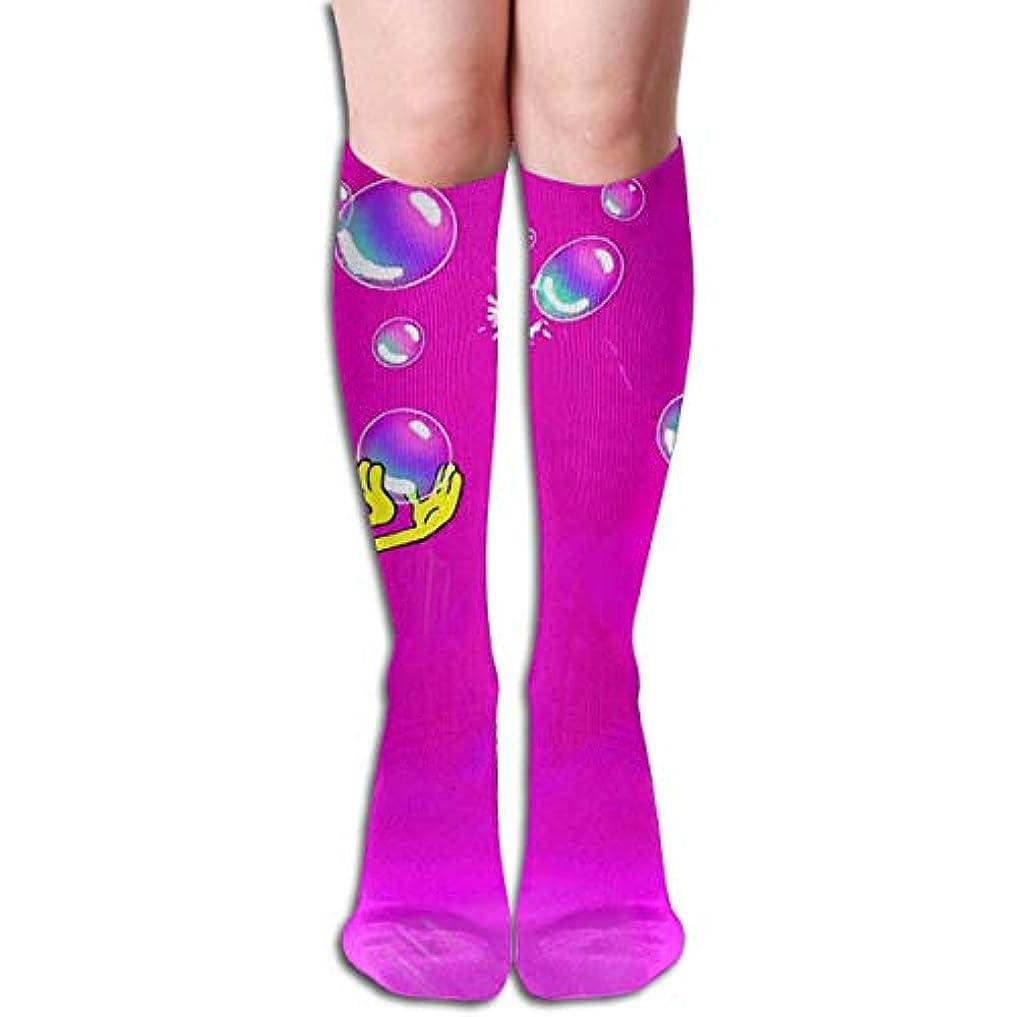 ありふれた代表して不良品バブルチューブストッキングは、女性の冬暖かい膝ハイソックスブーツ靴下とQRRIYスポンジボブ