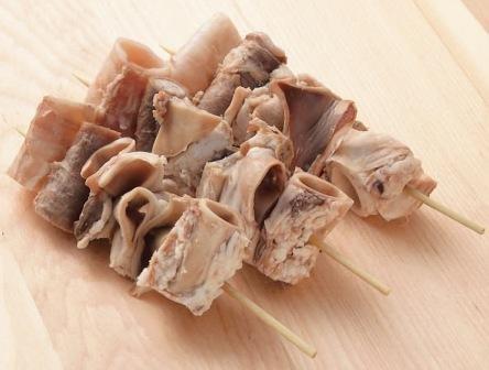 【やきとん】国産 豚喉なんこつ串 40g×10本 バーベキュー BBQに最適【豚肉】(mk)(128237)