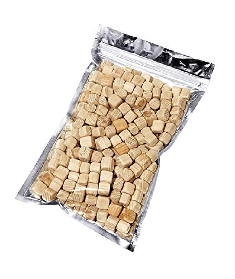 やさしいリビジョンラインナップkicoriya 国産ヒノキ キューブ状ブロック 90g サシェ用袋付き