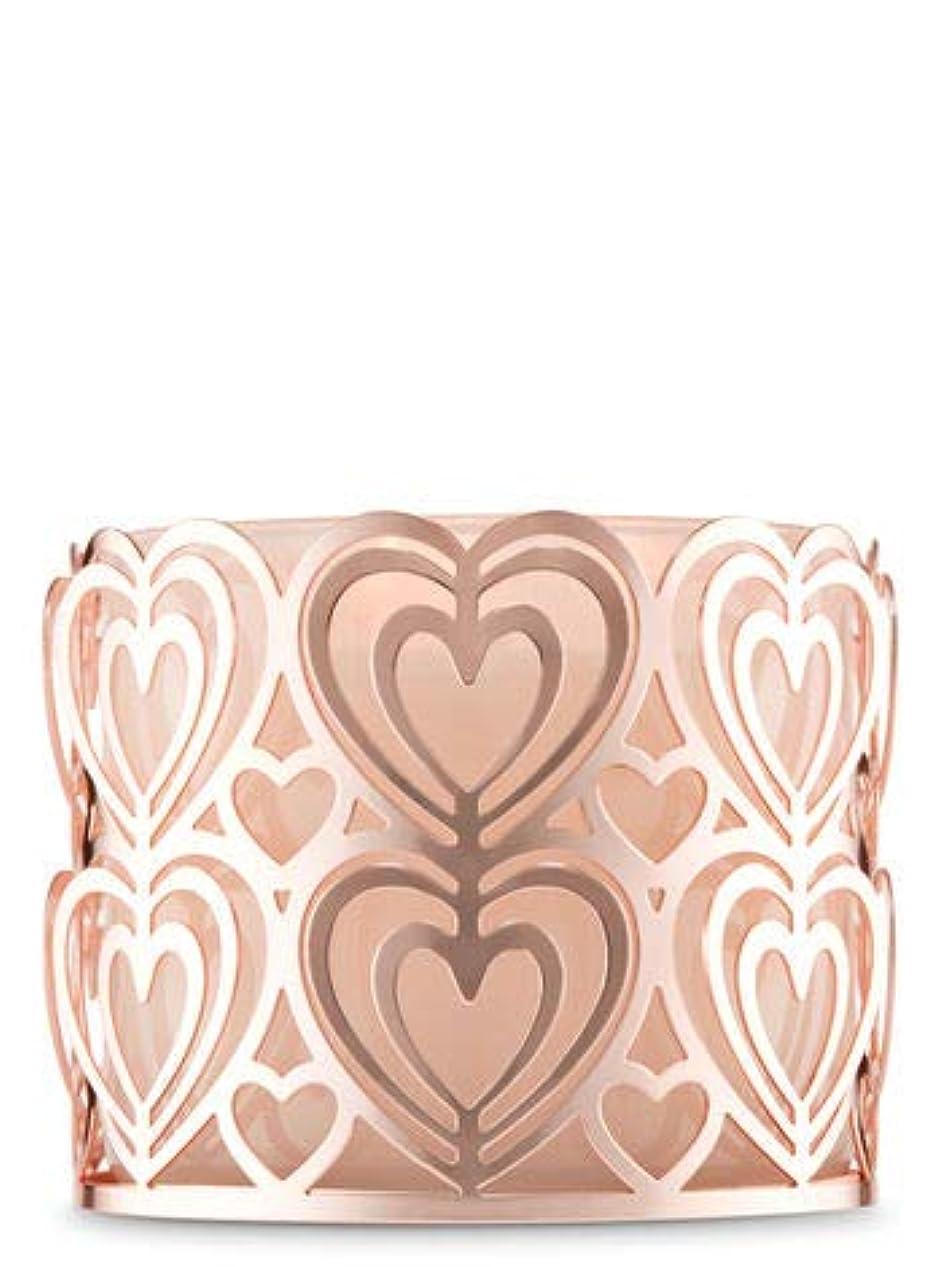 反逆ビン賛美歌【Bath&Body Works/バス&ボディワークス】 キャンドルホルダー ローズゴールドハート 3-Wick Candle Holder Rose Gold Heart [並行輸入品]