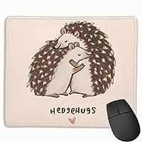 Hedgehog of Hug ノンスリップ ユニークデザイン ゲーム用マウスパッド ブラッククロス 長方形マウスパッド アート 天然ゴム マウスマット ステッチエッジ 9.811.8インチ