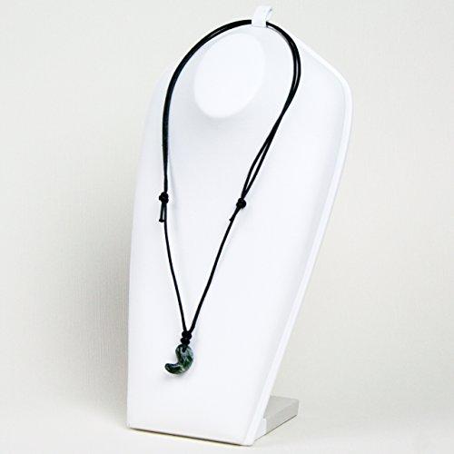 古代勾玉(まがたま)ペンダント セラフィナイト(クリノクロア) [斜緑泥石 Clinochlore]※巾着袋付き