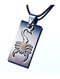 スコーピオン(蠍) シルエットデザイン 2パーツ立体はめ込み型プレート シルバーカラー メンズ ペンダント ネックレス【ブラック紐付き】