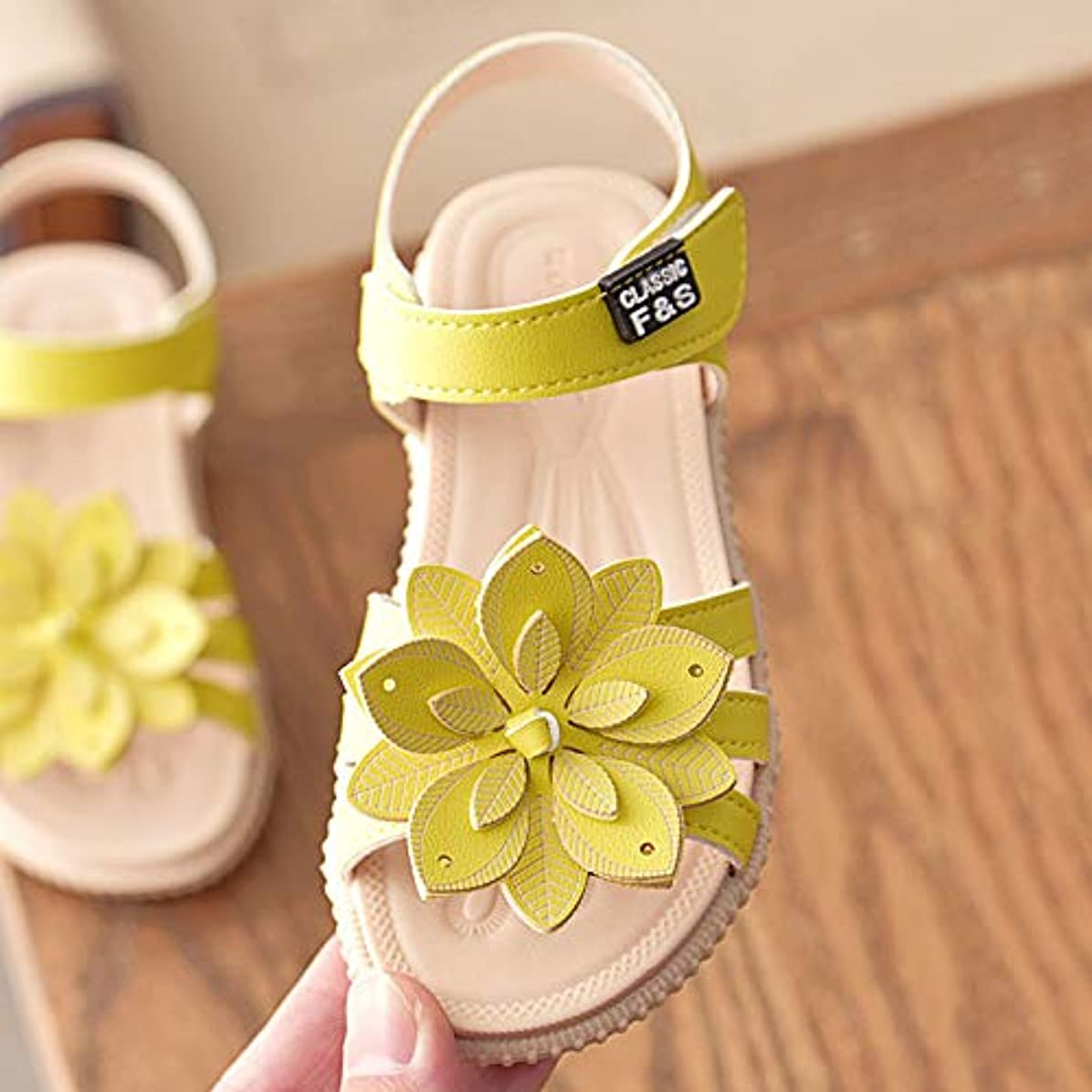 不公平本を読む移住するキッズサンダル ガールズサンダル 子供靴 可愛い花 女の子 お嬢様 ジュニア 歩きやすい ビーチサンダル 柔らかい 夏 靴 小さいサイズ 大きいサイズ