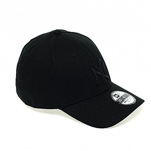 New Era Yankees Stretch Fit Cap Black On Black 3930 39thirty Curved Visor L  XL fa0b20db894