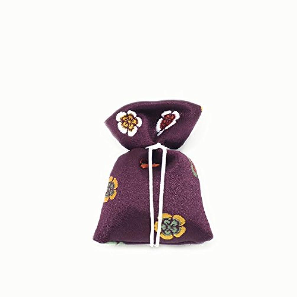 反対に大きい隙間匂袋 巾着 金襴中 紫系