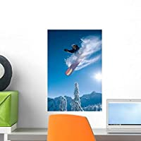 Man Snowboarding Sunnny Day Wall Mural by Wallmonkeys Peel and Stick Graphic (18 in H x 12 in W) WM219882 [並行輸入品]