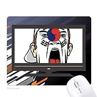 韓国の旗の顔の化粧マスクを叫んでいるキャップ ノンスリップラバーマウスパッドはコンピュータゲームのオフィス