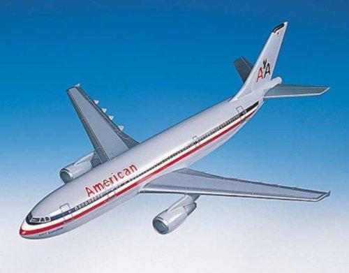 1: 100 エグゼクティブシリーズ アメリカン 航空 エアバス 300-600 with Wooden Base (並行輸入)