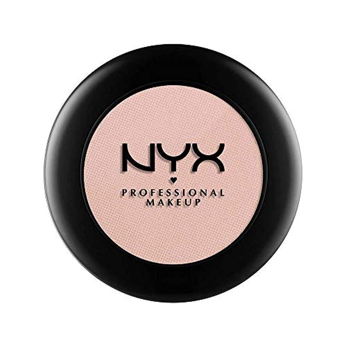 池表示未知のNYX(ニックス) ヌード マット シャドウ 17 カラーレザー アンド レース