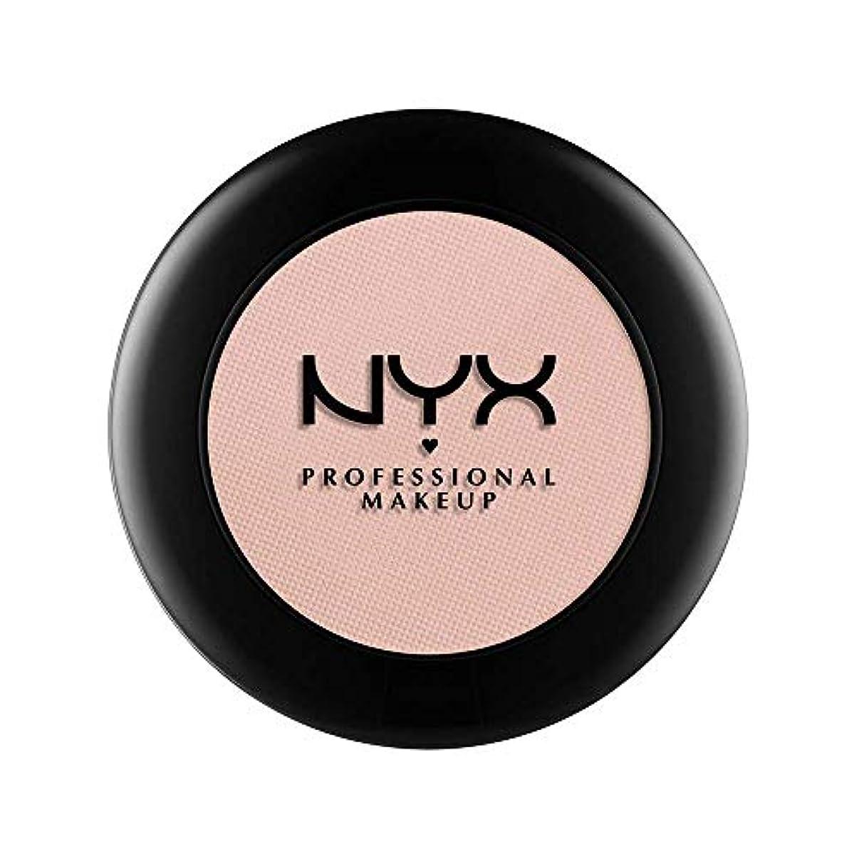 感心するはっきりしないヘルパーNYX(ニックス) ヌード マット シャドウ 17 カラーレザー アンド レース
