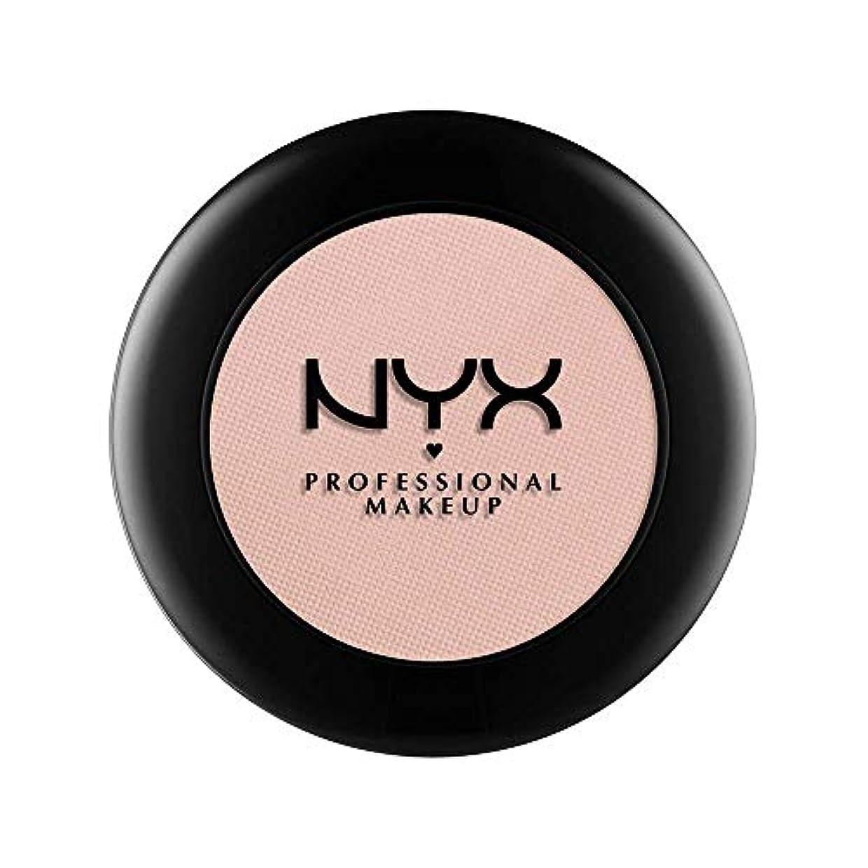 シンプルな保証する快いNYX(ニックス) ヌード マット シャドウ 17 カラーレザー アンド レース