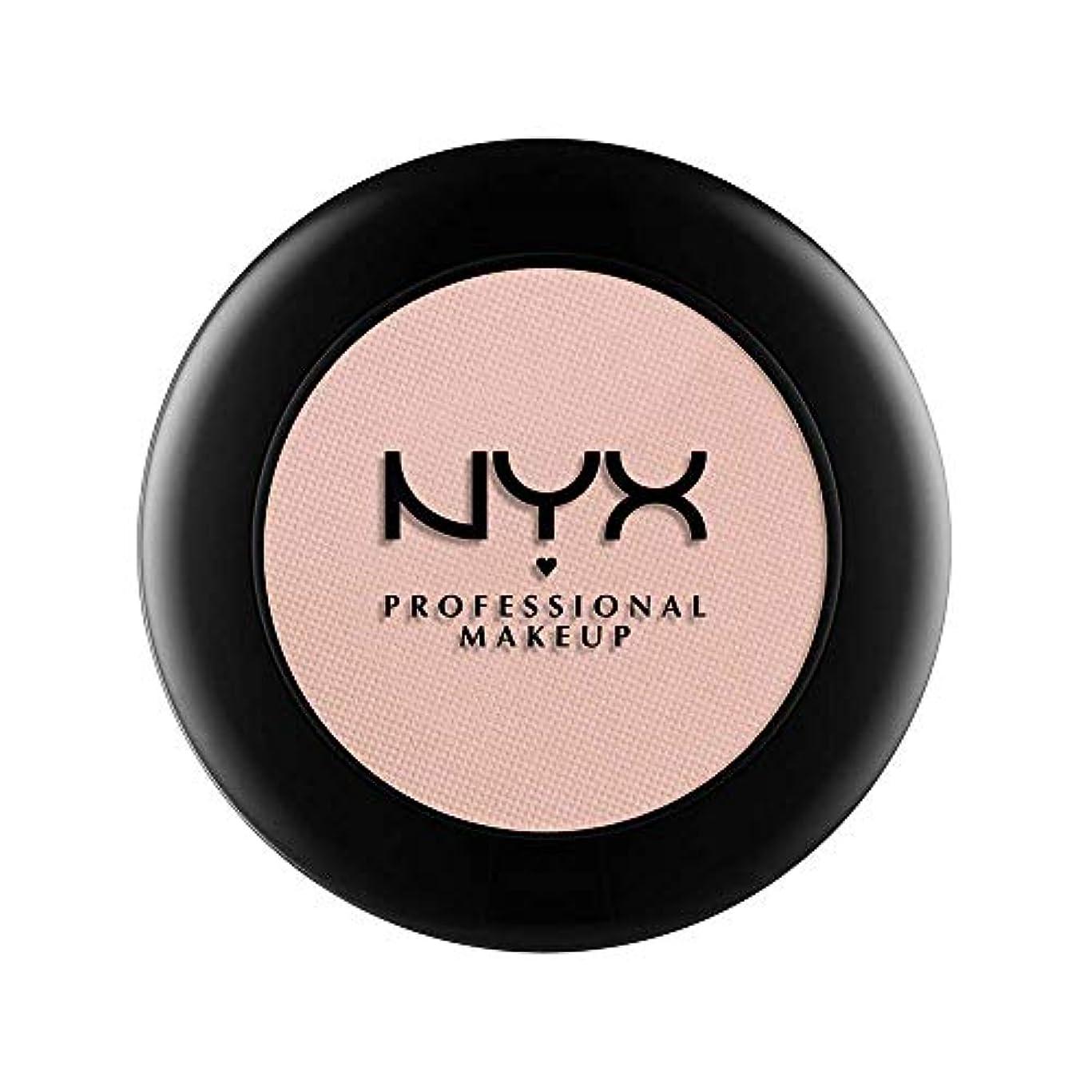 効能服指定するNYX(ニックス) ヌード マット シャドウ 17 カラーレザー アンド レース