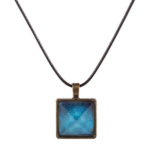 Varanda 暗闇で光る 100% 天然 水晶 を使用した ピラミッド 型 神秘的 ファッション ジュエリー パワーストーン ペンダント ...