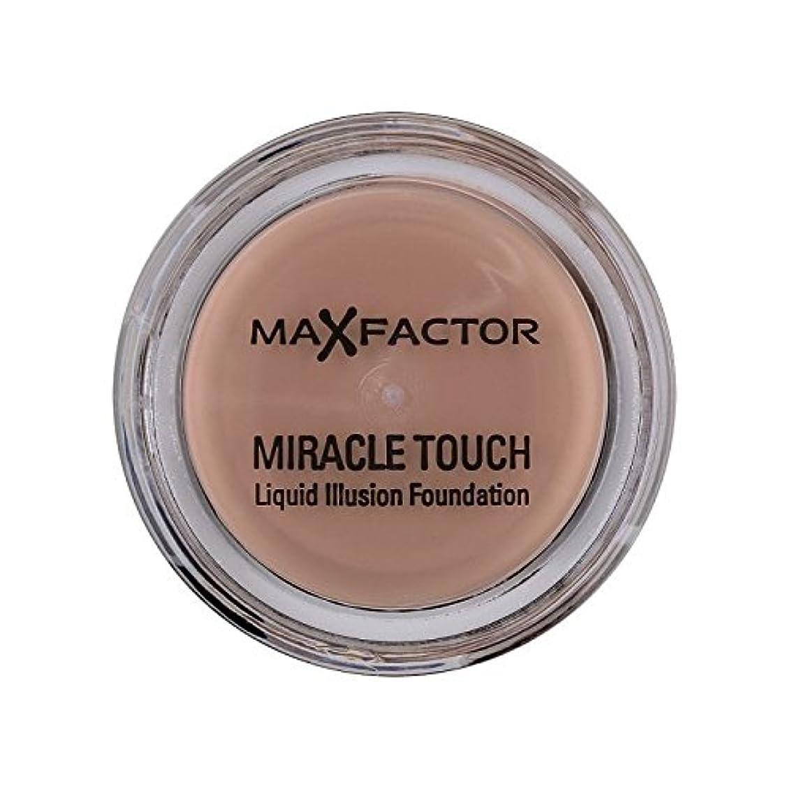 オフセット建物検査マックスファクターの奇跡のタッチ基盤の自然70 x4 - Max Factor Miracle Touch Foundation Natural 70 (Pack of 4) [並行輸入品]