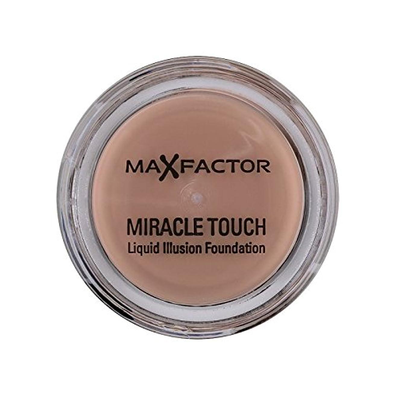 レイア手足水を飲むMax Factor Miracle Touch Foundation Natural 70 - マックスファクターの奇跡のタッチ基盤の自然70 [並行輸入品]