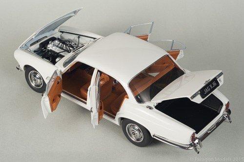 1971ジャガーxj6シリーズ12.8英語ホワイト1/ 18by Paragon 98301